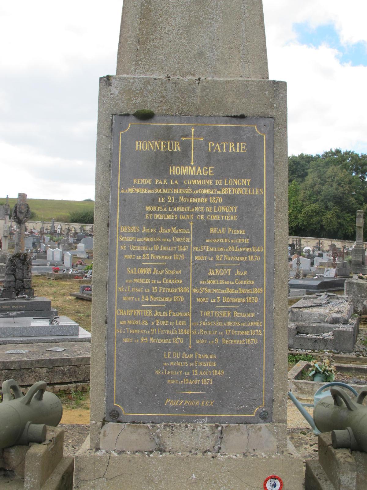 Monument aux morts de la guerre de 1870 à Longny-au-Perche