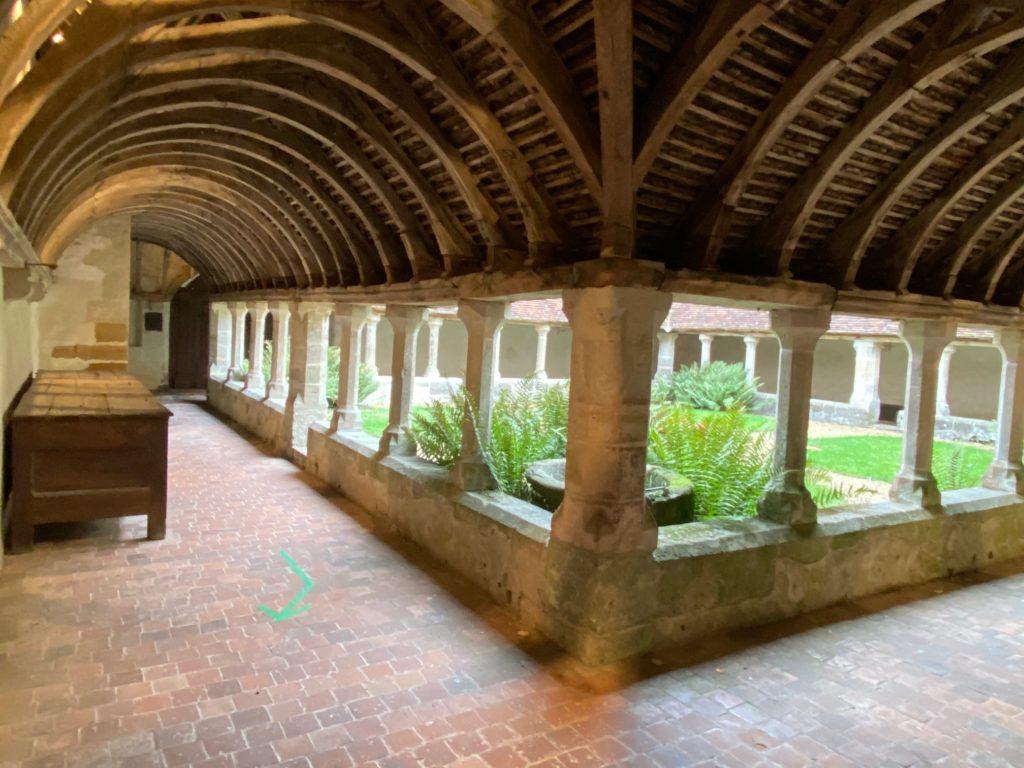 Cloitre du couvent Saint-François, Mortagne-au-Perche (crédit : Elisabeth Gautier-Desvaux)